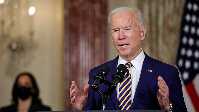 Biden to light candles in White House, as US crosses grim 5,00,000 COVID death mark