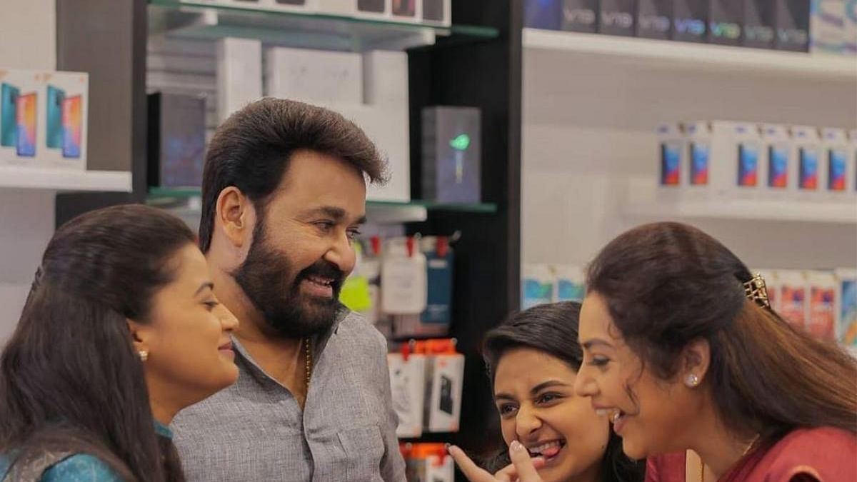 Drishyam 2 Twitter Review: Netizens in Awe of Mohanlal's acting, call it 'Pure Brilliance'
