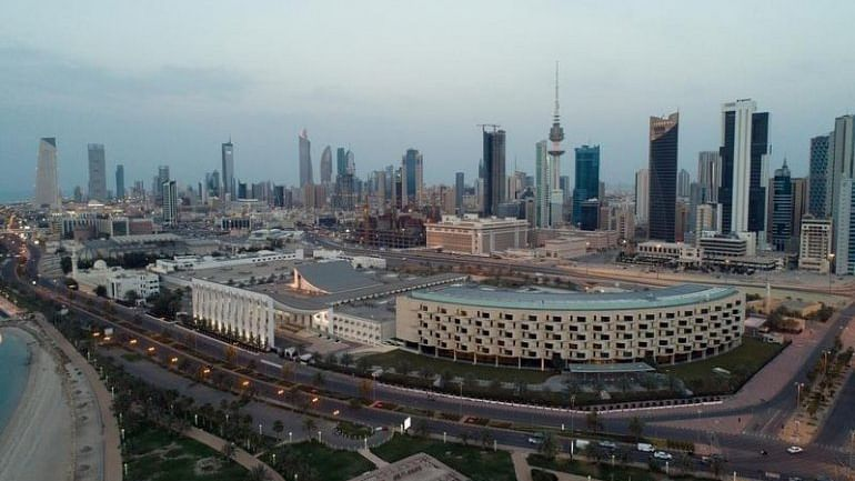 Kuwait | Land and sea borders closed for four weeks