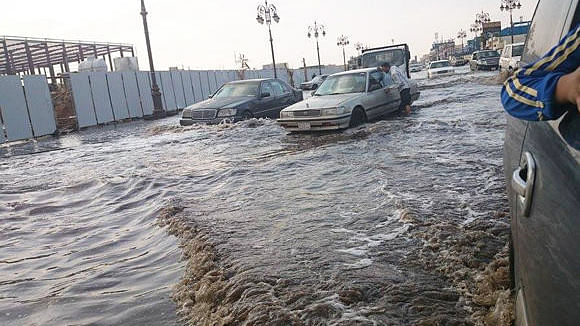 Saudi Arabia witnesses thunder and hailstorms, rain to continue