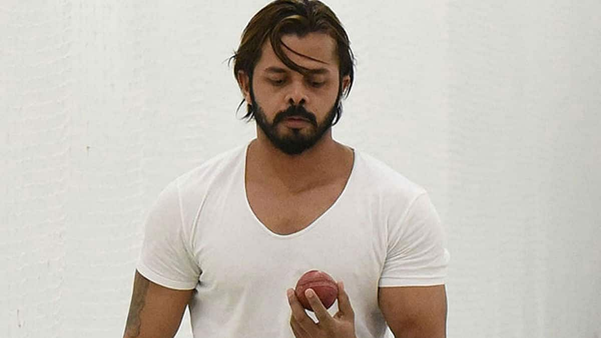 """Waiting for a surprise call like Chris Gayle"" : S Sreesanth after IPL auction drop"