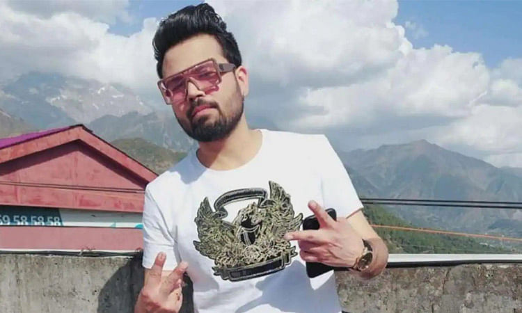 Young Punjabi singer Diljaan dies in road accident near Amritsar