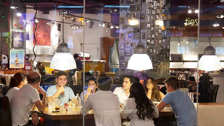 Ajman cafes to stay open till one O'clock at night from today