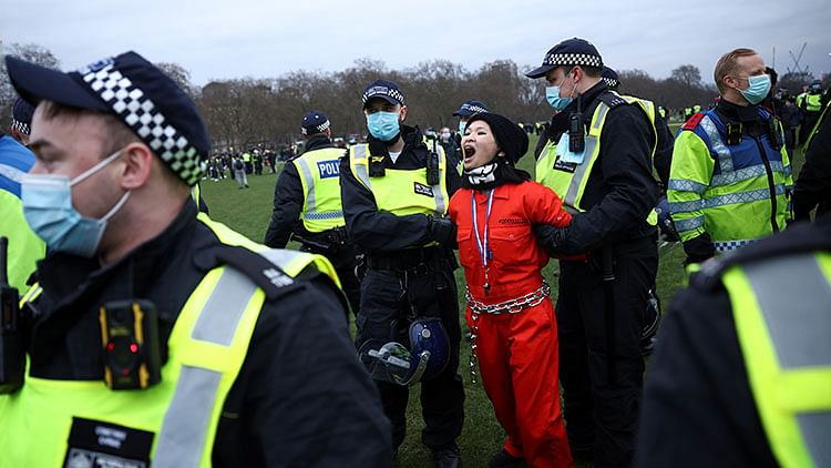 Thousands protest Europe virus curbs; London police arrest 36