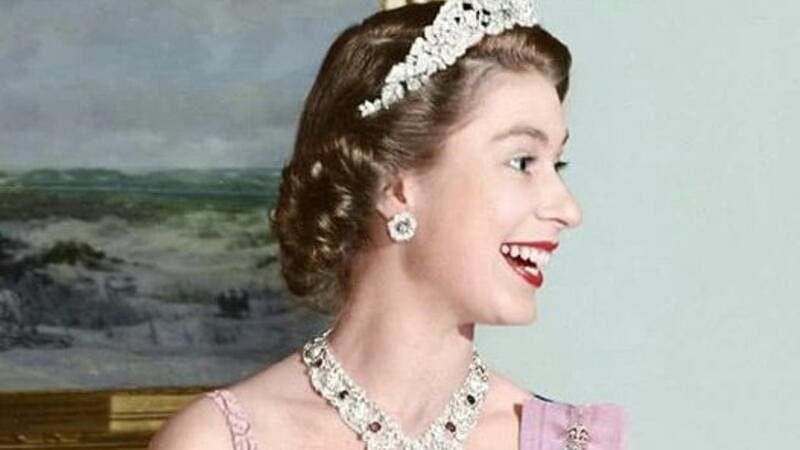 See the face of 'The Queen' only a few know