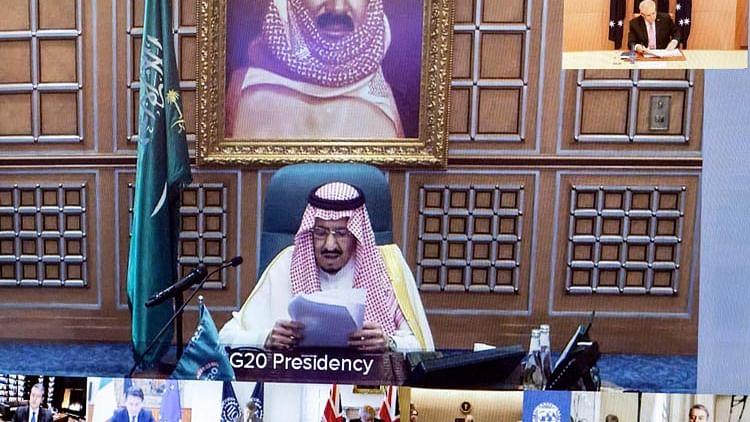 Saudi King Salman replaces Hajj minister