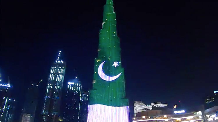 Burj Khalifa commemorates Pakistan Day