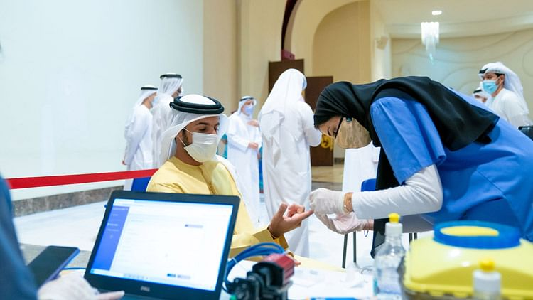 Ajman launches initiative to vaccinate MoI retirees, their families at home