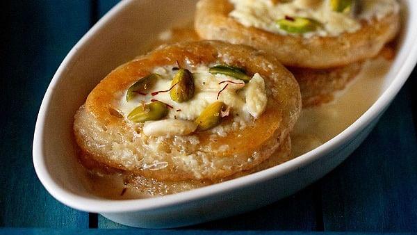 Holi Special Recipe: Malpua with Kesar Rabdi