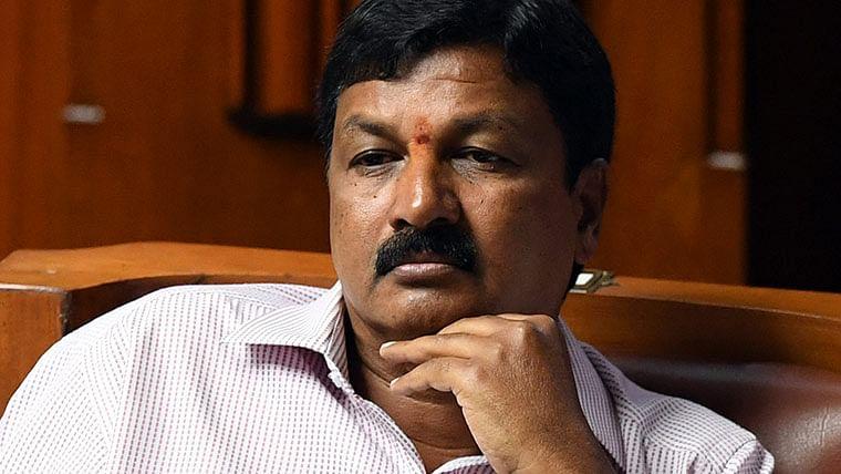 Sex CD case: Woman writes to Karnataka chief justice; her dad targets Shivakumar
