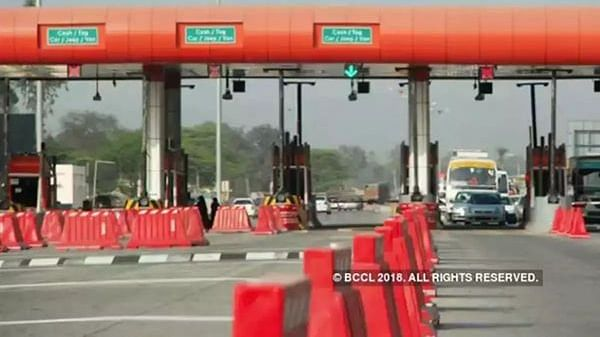 All toll booths to be removed in 1 year, toll to be collected via GPS: Gadkari