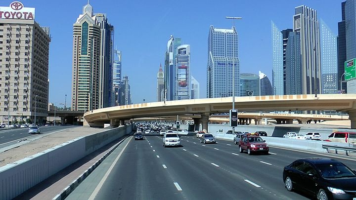 Dubai Police, RTA launch 'Give Way In The Fast Lane' campaign