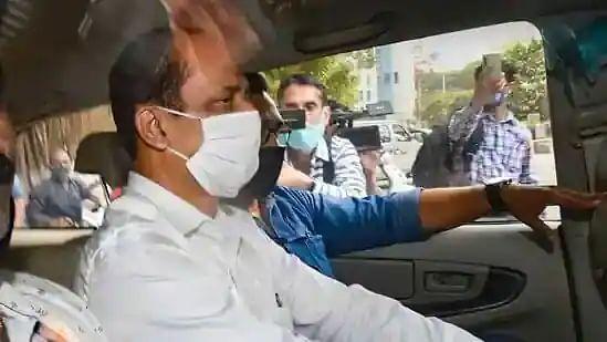 Mukesh Ambani Bomb Scare: NIA slaps UAPA against suspended Mumbai Police Officer Sachin Vaze