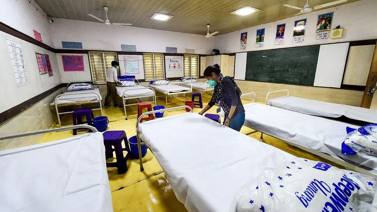 Delhi has only 25 ICU beds, hospitals overburdened with COVID patients