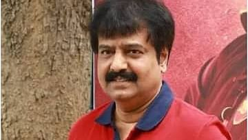 Tamil actor Vivek suffers massive heart attack, passes away