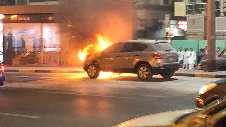 Man's celebrations of child's birth go wrong, 5 vehicles burned and 6 houses damaged in Dubai