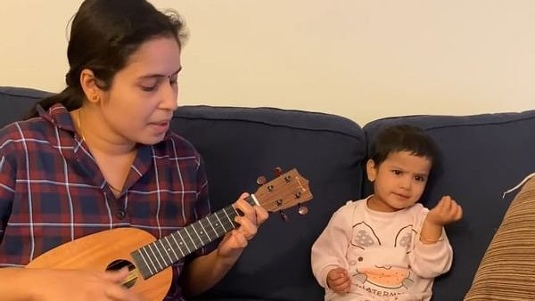 Adorable! Mother-daughter duo's rendition of 'Agar Tum Saath Ho' will make you smile big
