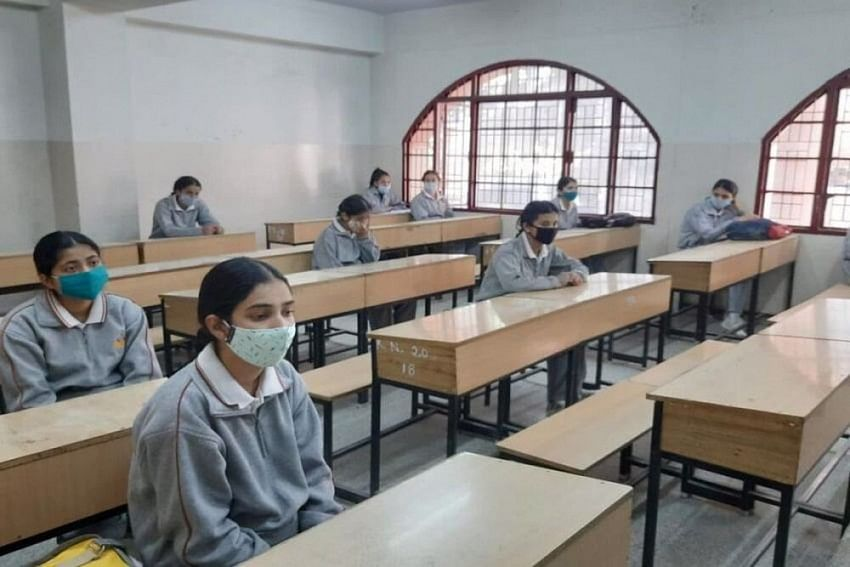 CBSE board exam 2021: Will board cancel class 10, 12 examinations or conduct it as per schedule? Here's what students want