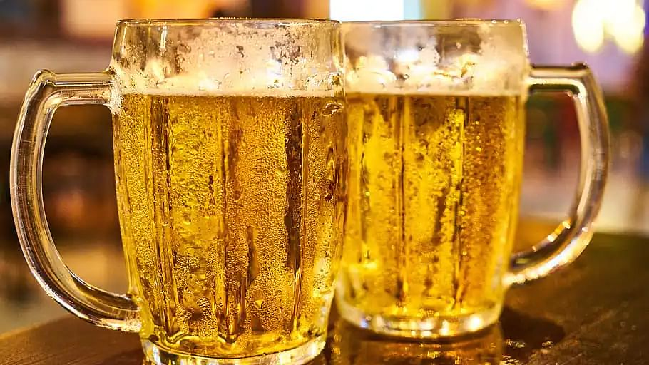 'Tika lagao, beer le jao': This Gurgaon restaurant is offering free beer to people who show their vaccine card