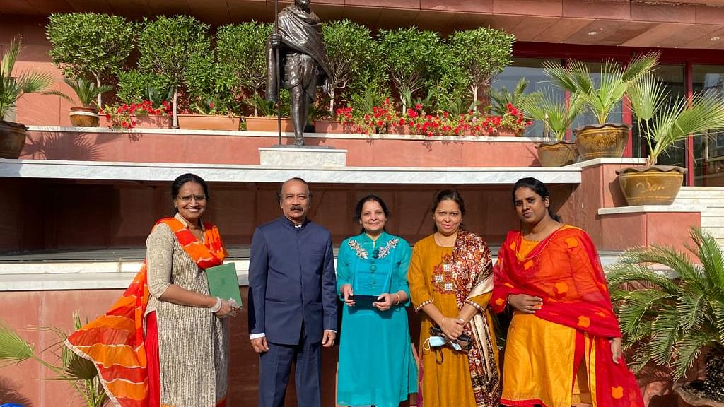 Bhavans IES gleams with glorious results in Sastra Pratibha Contest 2021