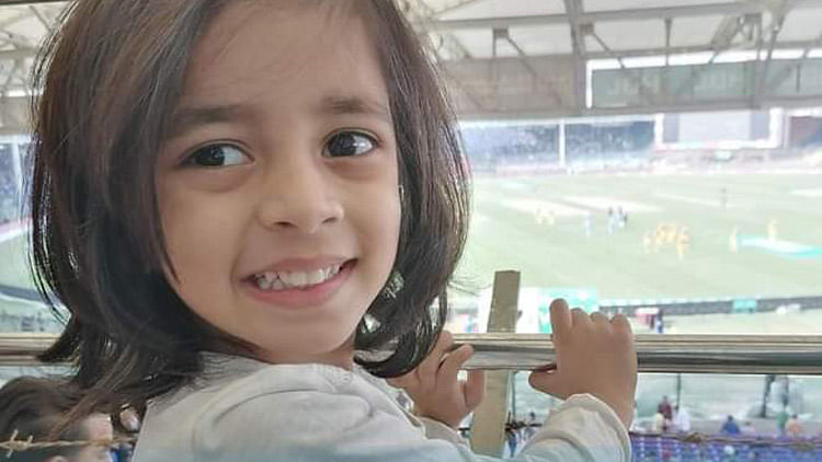 4-year-old Pakistani girl becomes youngest Microsoft professional