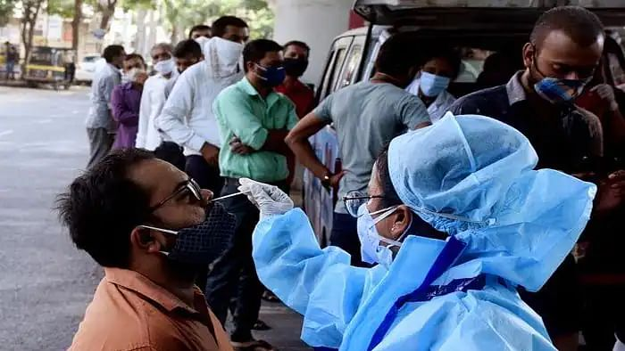 India witnesses slight dip in daily COVID-19 spike, records 3.19 Lakh cases, 2,764 deaths in last 24 hours