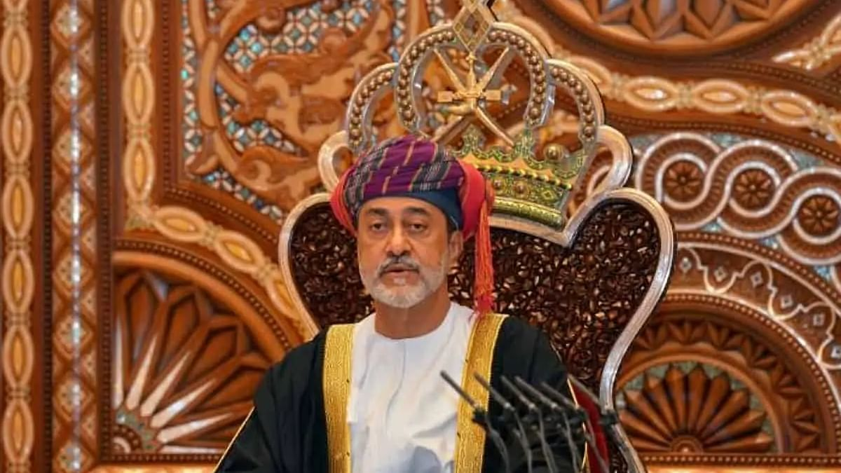 Oman Sultan issues directives to offer 32,000 jobs opportunities