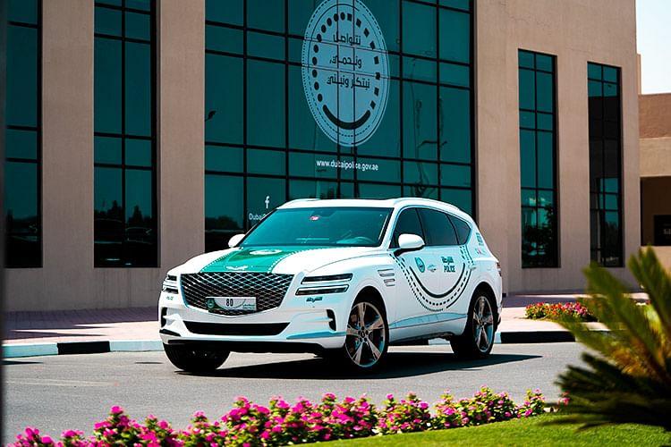 Dubai Police's all new Genesis GV80 2021.
