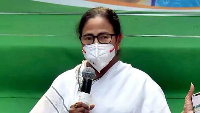Mamata Banerjee takes oath as WB CM for 3rd consecutive term; 'Bengal facing dark era,' says BJP leader