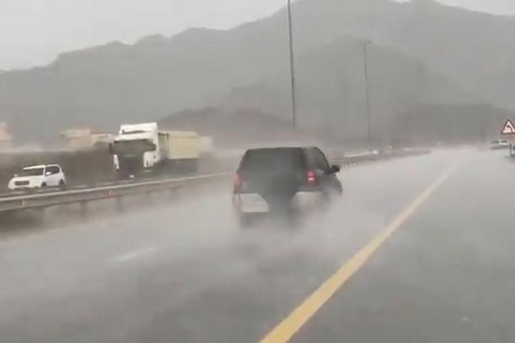 Ras Al Khaimah, Fujairah, Sharjah witness rain, Dubai sizzles under 49°C