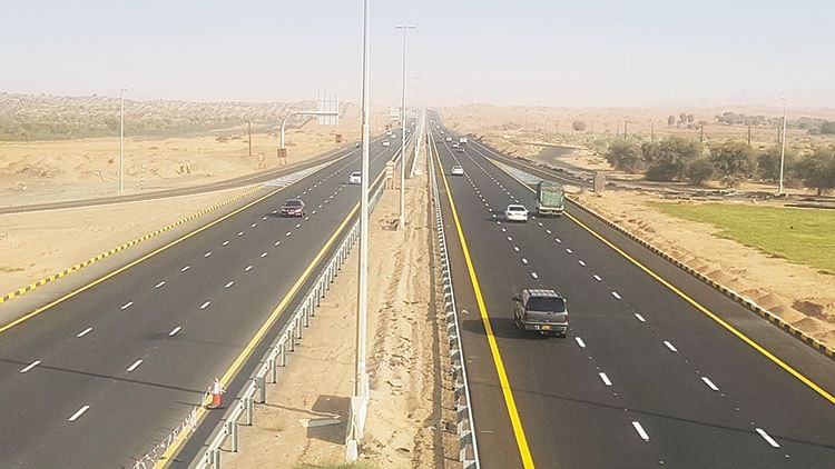 Sheikh Sultan allocates Dhs150 million for road construction in Sharjah