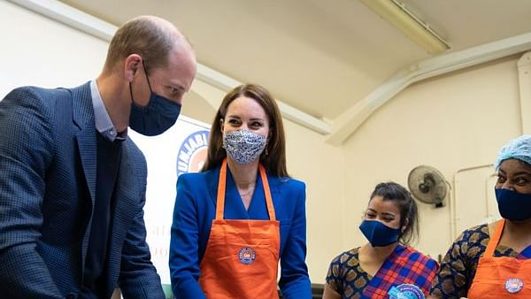 Prince William and Kate Middleton make chapatis with Sikh charity, video goes viral