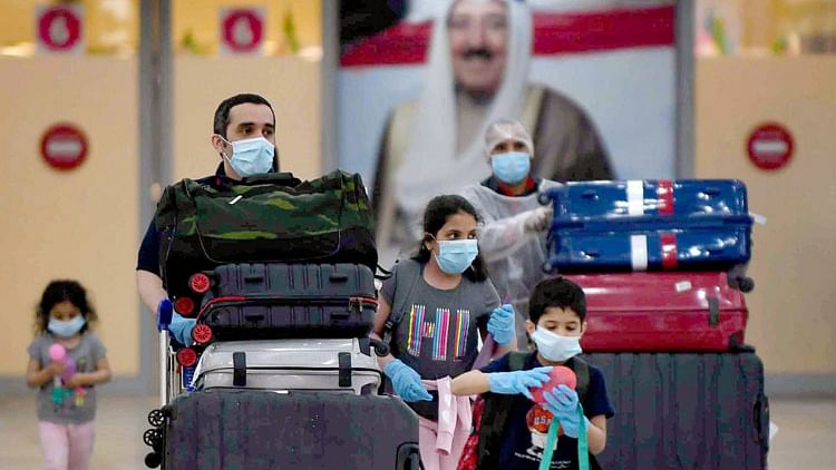 Kuwait bars unvaccinated citizens from travel abroad