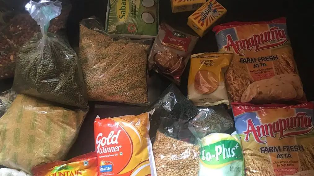 Kerala announces free food kits to all including migrant workers from May 15