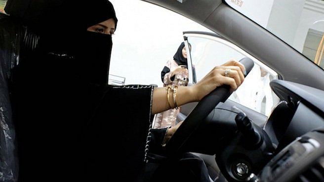 Saudi Arabia to allow 17-year-old girls to drive