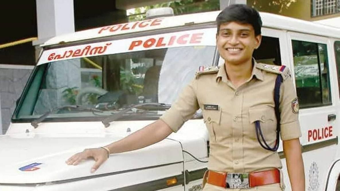From selling lemonade to finally becoming a police: Kerala woman who shut many mouths
