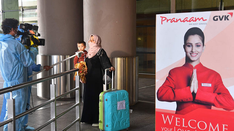 Desperate residents stranded in India rush to enquire about airfare and travel guidelines to reach UAE