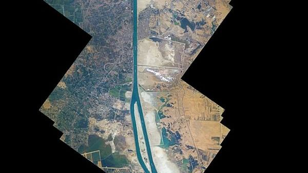 'Simply Breathtaking': Astronaut aboard ISS shares a 100-photo collage of the Suez Canal