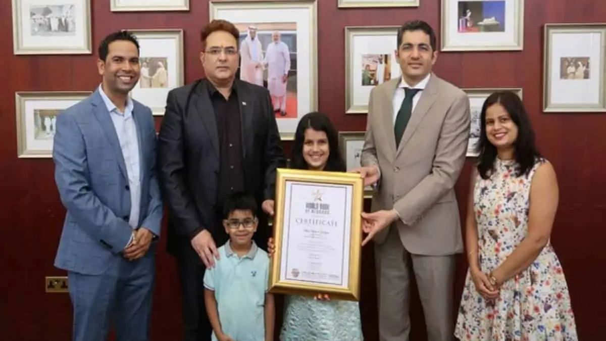 Indian girl in UAE felicitated by consul general of India
