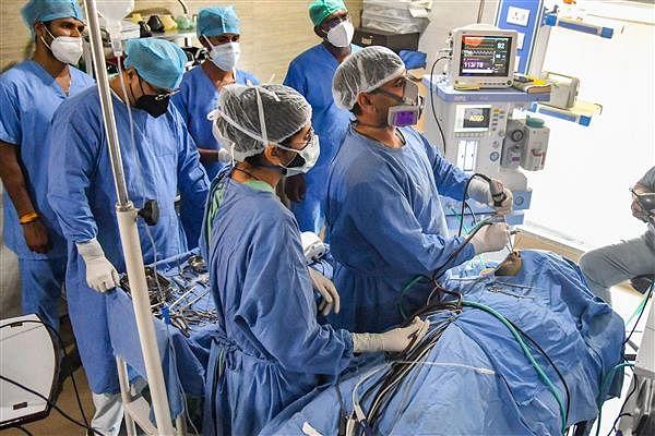 Arvind Kejriwal demands 'Bharat Ratna' for 'Indian doctors' who fought againt Covid-19