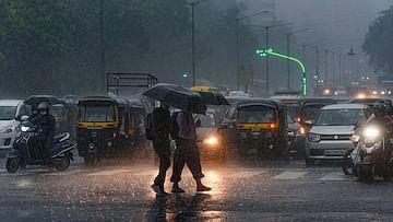 Monsoon arrives in pandemic-hit Mumbai; IMD issues orange alert for Pune