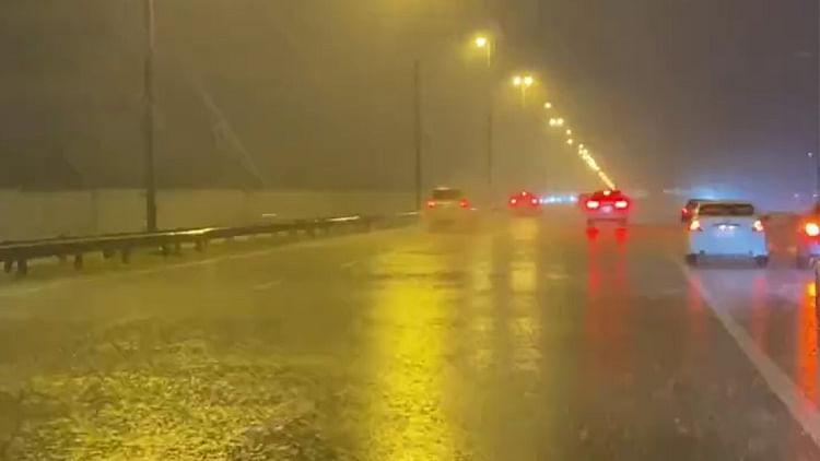 Eid day rain brings joy to Al Ain residents