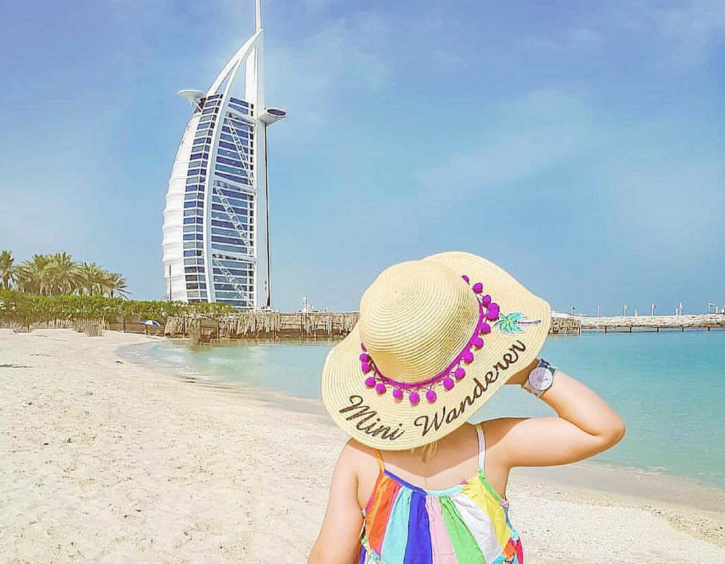 Is UAE planning to change its weekend?