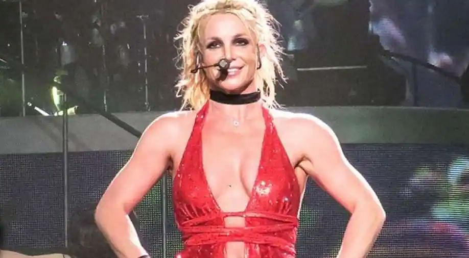 Britney Spears's father files petition to end conservatorship