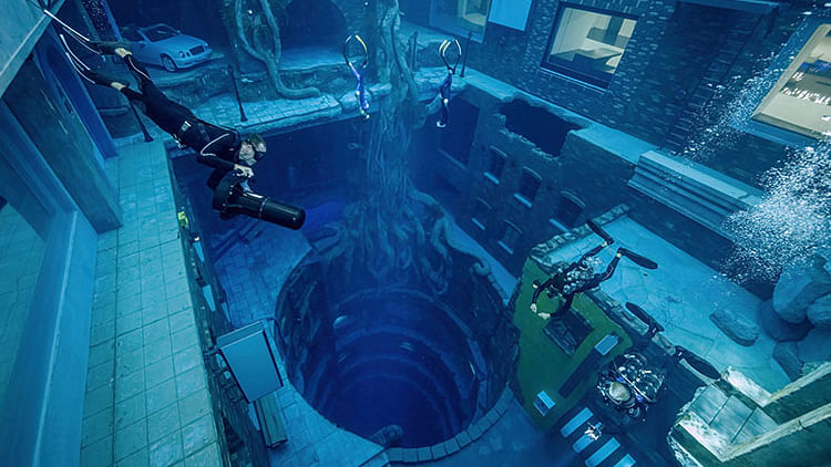 Dubai opens world's deepest swimming pool, enters Guinness book of records