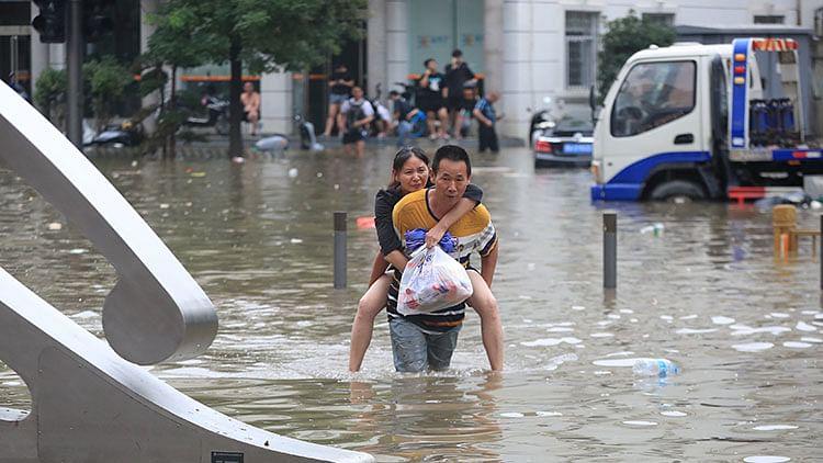 Heaviest rain in a thousand years batters China, 200,000 evacuated