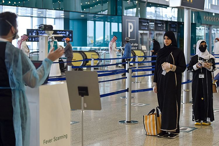 Saudi suspends flights from UAE, 3 other nations due to virus variant