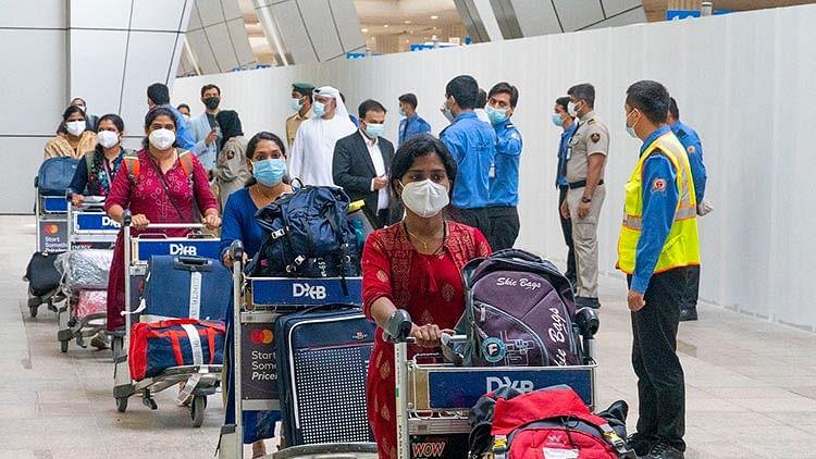73 doctors, nurses arrive in UAE on special flights from India