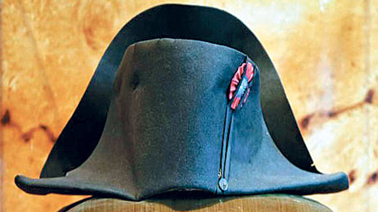 Iconic hat of Napolean Bonaparte to be auctioned in September