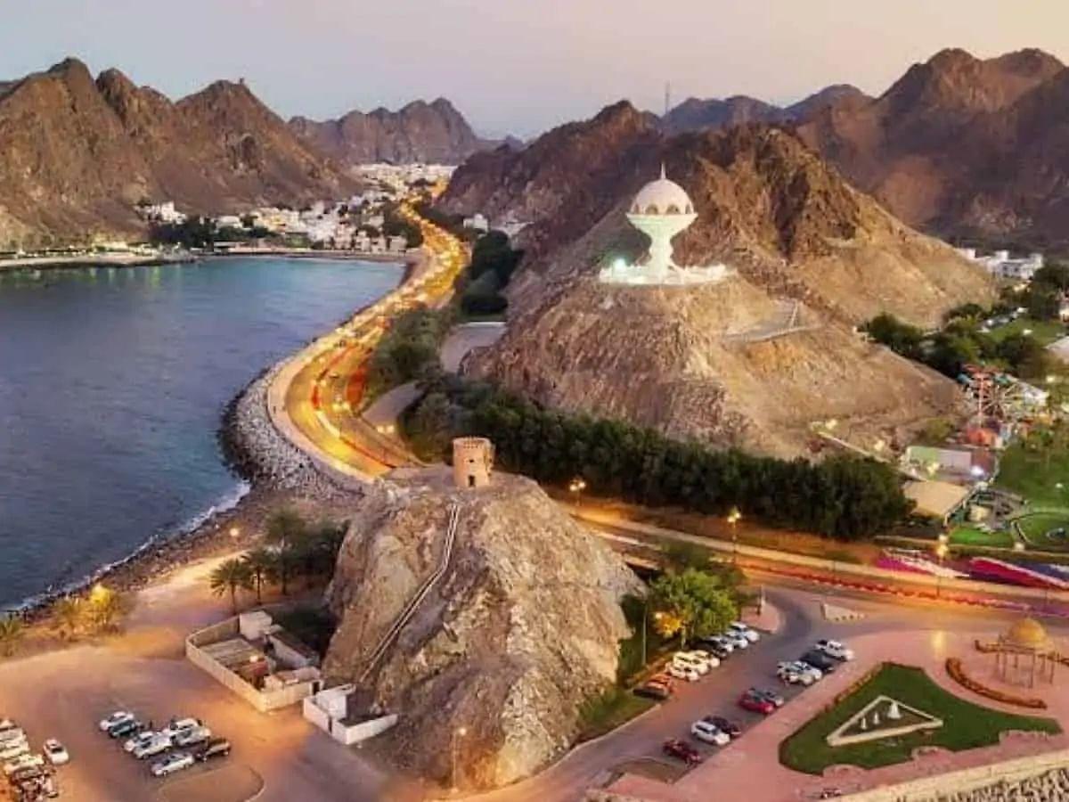 COVID-19: Oman to impose complete lockdown during Eid al-Adha